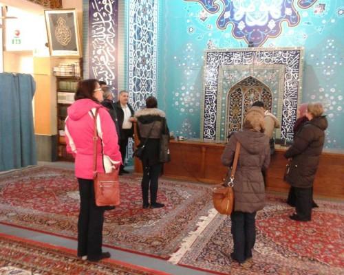 Mosque Visit: Prayer and Meditation